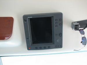 raymarine GPS chartplotter